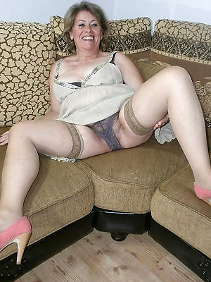 super-sexy grown up moms sex pics