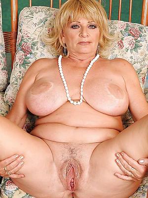 naught matured women with big boobs pics