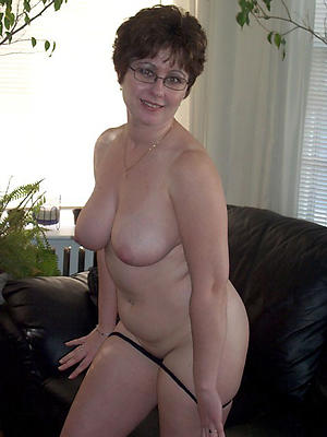 naughty mature wives and girlfriends