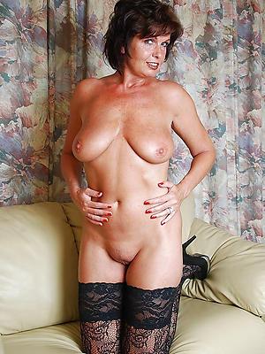 slutty horny mature moms pics