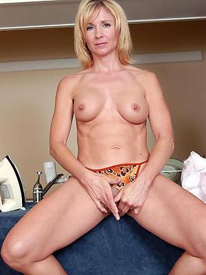 xxx nude mature tits
