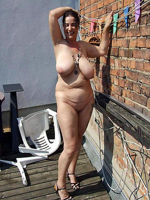 beautiful nude mature tits