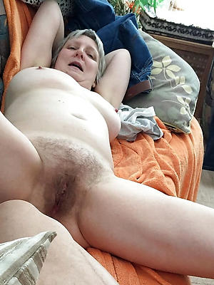 naughty mature slut pictures