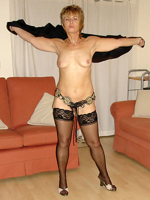 hotties beautiful mature milfs