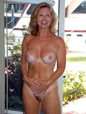 horny beautiful mature milfs