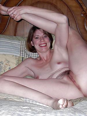beautiful sexy mature women fingertips