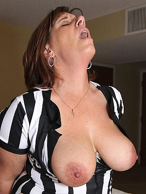 xxx down in the mouth matured women