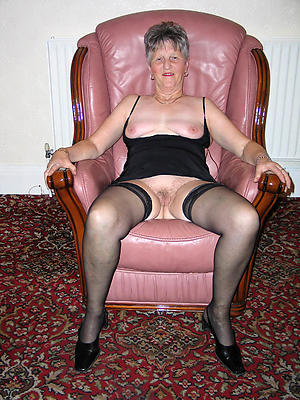 porn pics of mature in stocking
