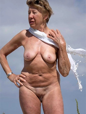 free pics of sexy mature classic