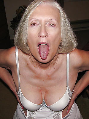 beautiful mature blondes love porn