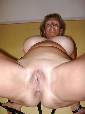 crazy mature white pussy
