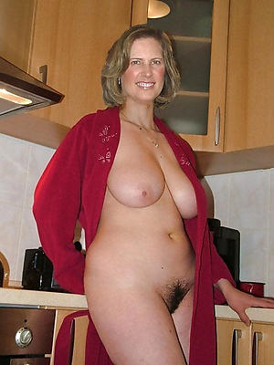 beautiful mature lacklustre lady