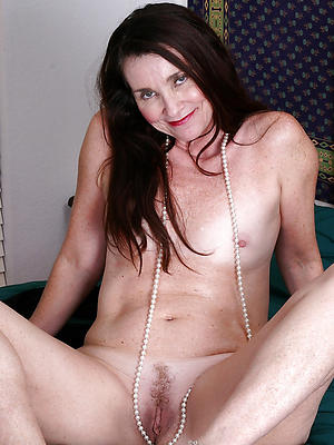 beautiful nude mature model porn pics