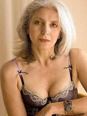 nude mature model porn pictures