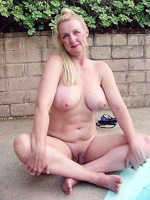 mature lady boobs honour porn
