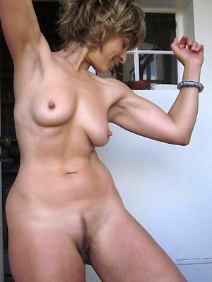 beautiful nude mature white women