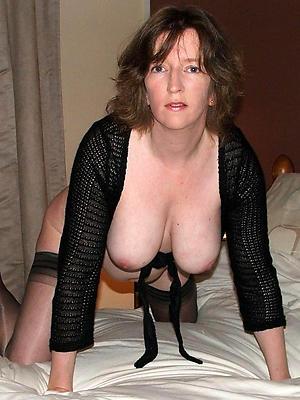 free undefiled mature ladies posing nude