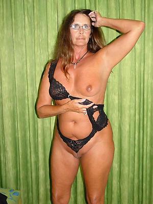 nasty naked single matured ladies porn pics
