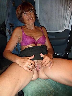 gorgeous beautiful mature women porn gallery