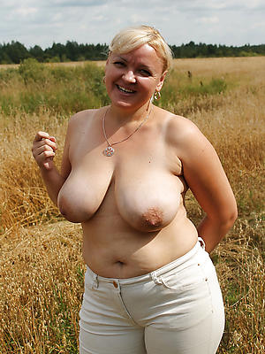 low-spirited mature wife outdoors nude pictures