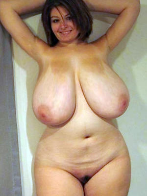 saggy titty women stripped
