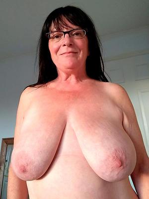 porn pics of homemade saggy tit women