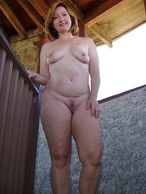 gorgeous sexy saggy tit women