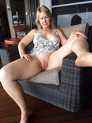 real upskirt pussy stripped