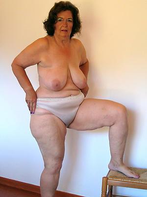 homemade natural mature women stripped
