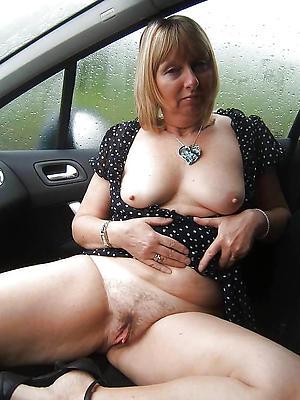 X adult vulva starkers photos