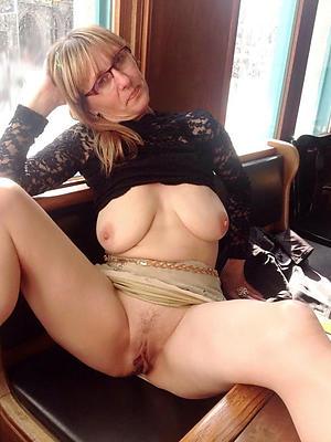 curvy mature vulva homemade pictures