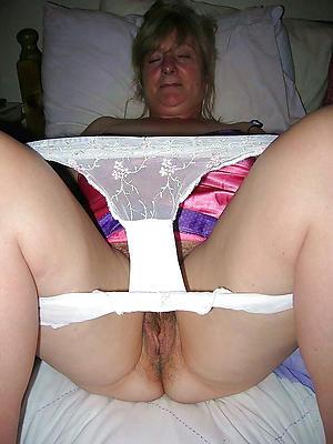 nasty mature vulvas nude photos