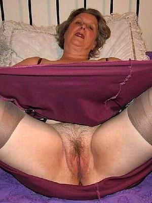 nonconformist mature vulvas sexy pic