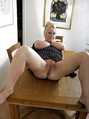 slutty mature vulvas sex homemade