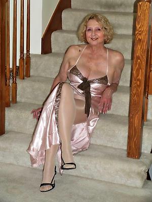 naughty matured women pantyhose