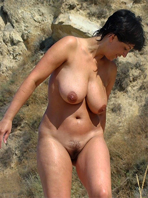 beauties stripped mature brunette pictures