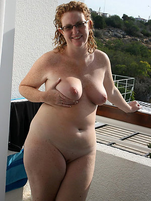 gorgeous chubby mature nude pics