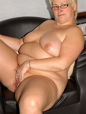 gorgeous free chubby mature porn