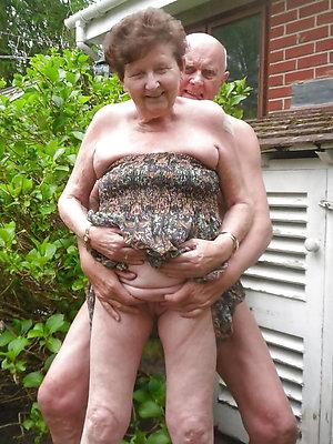 porn pics of amature mature couples