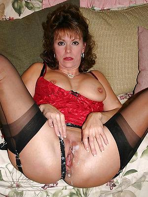 gorgeous mature creampie porn pics