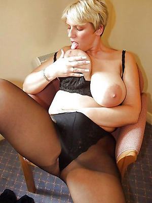 gorgeous matures in nylons homemade porn pics