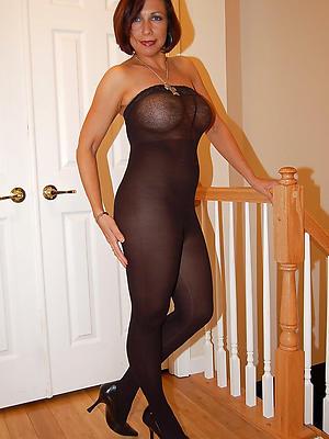 homemade mature women in nylons