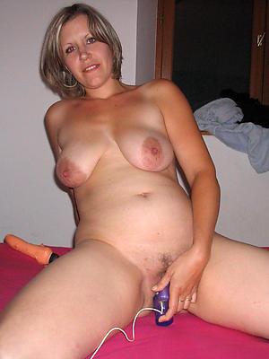 easy pics of mature pregnant porn