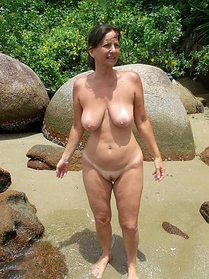 beautiful mature nude beach women