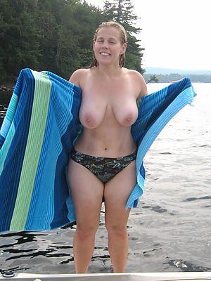 nasty mature naked beach porn pics