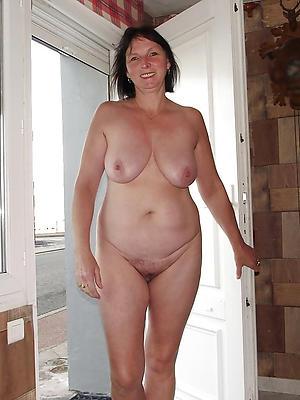 beautiful single grown-up women porn photos