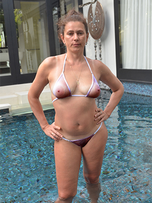mature bikini babes posing nude