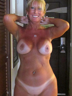 hotties natural mature milf