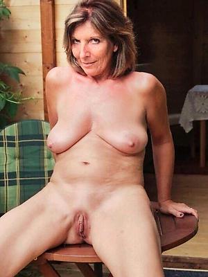 fantastic hot downcast mature women