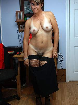 whorish  grown up housewives porn pics